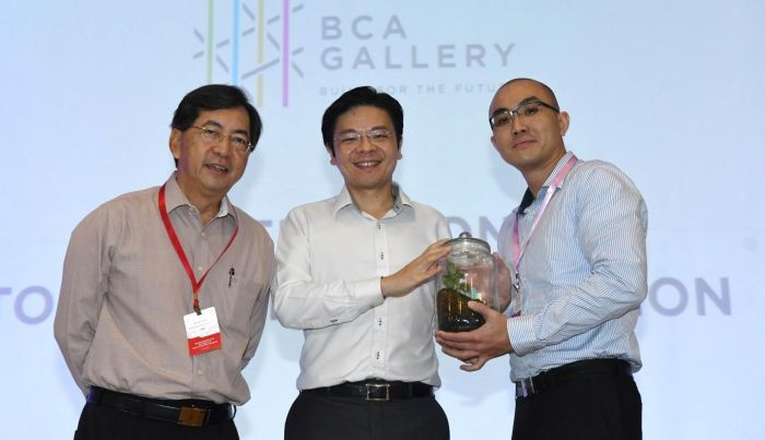 ecoWise received token of appreciation from BCA